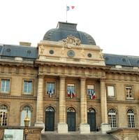 27 juin 2013 – Bien Mal Acquis : la Cour d'appel de Paris valide le mandat d'arrêt international contre Teodoro Nguema Obiang