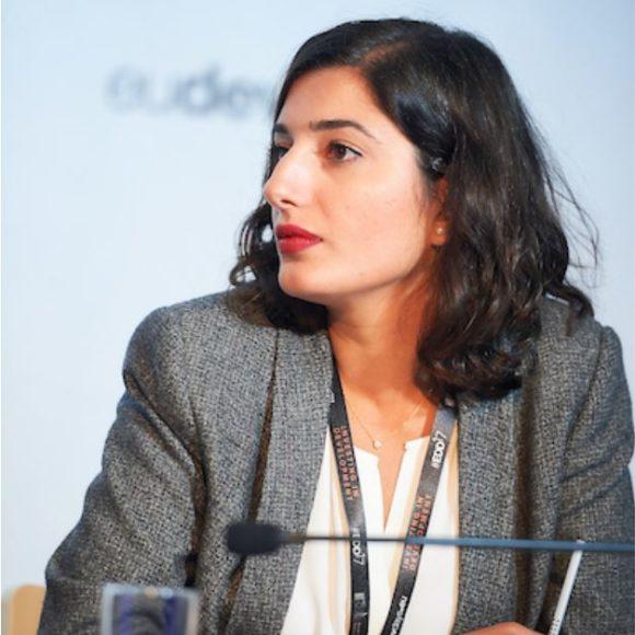 [Interview] Le délit de «Sextorsion» : quels liens entre le genre et la corruption ?