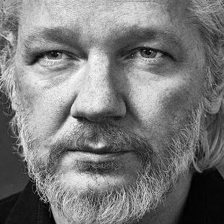 Transparency International France soutient l'initiative de la Maison des Lanceurs d'Alerte alertant sur les risques de violation des Droits de l'Homme que représente pour Julian Assange une extradition vers les Etats Unis