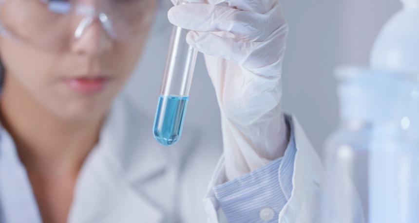 Essais cliniques en France : la recherche publique trop peu transparente